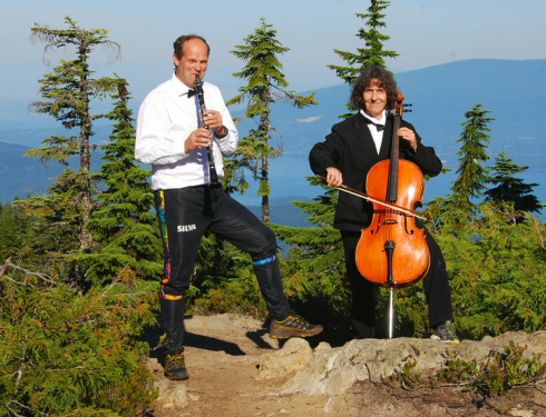 The sounds of the oboe and cello carried a fair ways down the climb. photo credit: ?