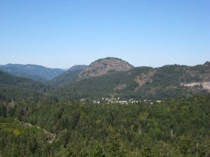 Mt Finlayson - a 400 m high rocky knob at the foot of Finlayson Arm in Goldstream Provincial Park.